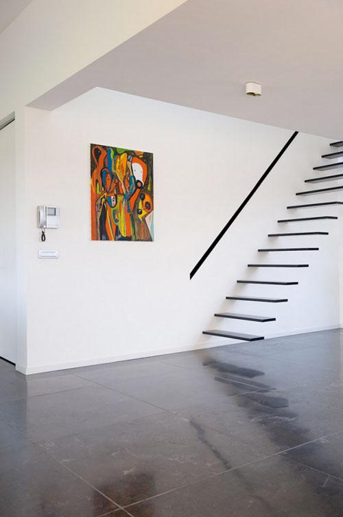Stopnice za hišo